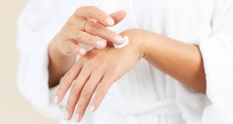 Care sunt mai eficiente: cremele sau gelurile pentru masaj? Fă alegerea corectă!